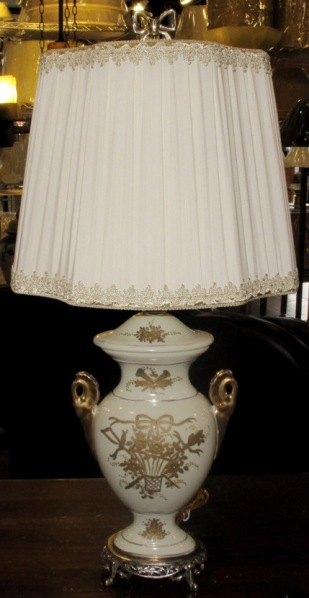 Vintage Table Lamps With Flowers : Antique lamps