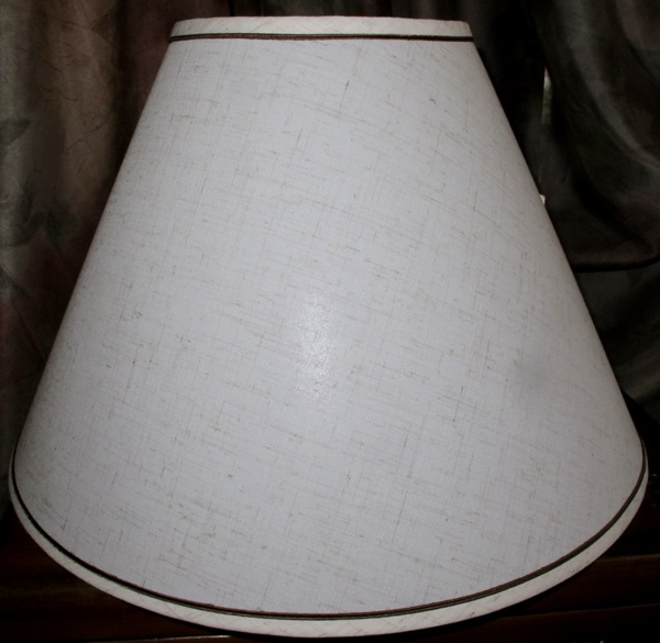 ... Country Lamp Shade Made Of Flax