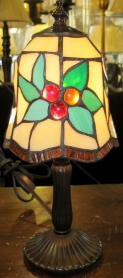 bleeding cranberry mini tiffany lamp