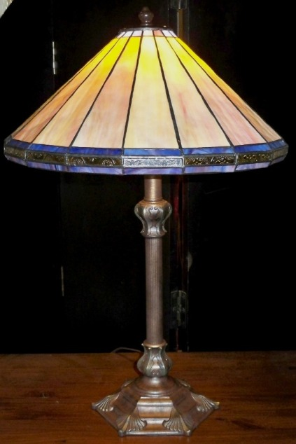 mission lamps made of stained glass. Black Bedroom Furniture Sets. Home Design Ideas
